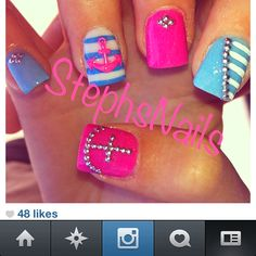 Sailor/Anchor nails lovin' the blue & white , with pink anchor