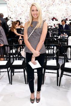 Pin for Later: Prinzessin Maria-Olympia ist vielleicht mehr als nur Prinz Harry's neue Freundin Sie sitzt bei der Modenschau von Dior in der ersten Reihe