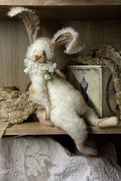 NEW PDF SET of 3 Patterns Rabbits Artist Pattern-Pdf-stuffed animals-soft toy-Rabbit pattern-pattern rabbit Easter Crafts, Felt Crafts, Easter Decor, Stuffed Animals, Sewing Crafts, Sewing Projects, Sewing Tips, Sewing Tutorials, Sewing Ideas