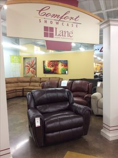 """""""SNUGGLER"""" the one word to describe this Leather Lane Chair 1/2 Recliner"""