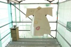 Chikako Watanabe, Chikahome (2003). © Marco Sweering, Museum De Paviljoens