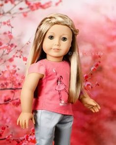 AMERICAN GIRL Isabelle Girl of the Year 2014 Doll NEW IN BOX Book w//Ear Piercing