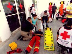 Camillas BaseBoard y ProLite de la marca Iron Duck, apoyando entrenamiento impartido por los Profesionales de Cruz Roja Mexicana Delegación Allende,N.L.  #SoyEMS EMS Mexico | Equipando a los Profesionales