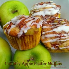 The Baking ChocolaTess - Cookie, Brownie Country apple fritter muffins: Fluffy, buttery, white cake muffins loaded with chunks of apples and layers of brown sugar and cinnamon swirled inside and on top. Apple Desserts, Apple Recipes, Bread Recipes, Cooking Recipes, Top Recipes, Fall Recipes, Cinnamon Desserts, Amish Recipes, Fall Desserts