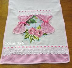 Hand Embroidery Stitches, Embroidery Techniques, Embroidery Applique, Sewing Hacks, Sewing Crafts, Sewing Projects, Baby Girl Quilts, Girls Quilts, Patch Quilt