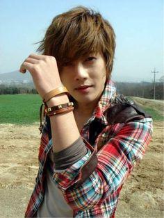 Kim Hyun Joong Donates 100000 To Earthquake Relief In China HyunJoong Kdrama Korean HairstylesKorean Boy