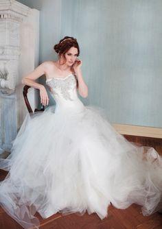 KAREN WILLIS HOLMES - Felicity wedding gown.#Repin By:Pinterest++ for iPad#