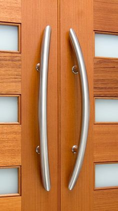 the large canyon 47 inch long front door pull handle is simply