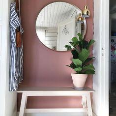 Accent walls in living room, blush bedroom, bedroom wall colors, hallway co Accent Walls In Living Room, Bedroom Wall Colors, Home Interior, Interior Design, Blush Bedroom, Elegant Homes, Home Decor Inspiration, Decoration, Decorating Tips