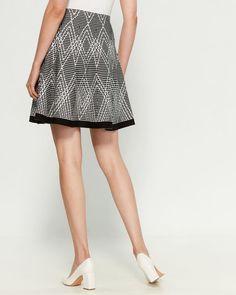 Zig Zag Pattern Flare Skirt Maxi Skirt With Slit, Fit And Flare Skirt, Midi Skirt, Zig Zag Pattern, Sweater Skirt, Size Model, Female Models, Trendy Fashion, Skirts
