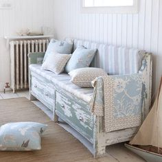 Cottage ● Distressed Bench - maybe florida room? Beach Cottage Style, Beach Cottage Decor, Shabby Chic Cottage, Coastal Style, Beach House, Seaside Style, Coastal Living, Country Style, Clarke And Clarke Fabric