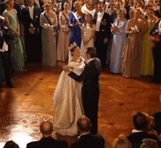 The wedding waltz of Sweden's Crown Princess Victoria and Prince Daniel, 19 June 2010 [x]