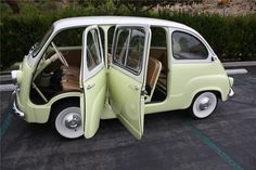 "Fiat Multipla 600 -- So this might be my wishlist. A Vespa, then a Fiat and then a Fiat Multipla 600 as my ""big car"". Van 4x4, Volkswagen, Fiat 600, Fiat Cars, Microcar, Weird Cars, Unique Cars, Cute Cars, Small Cars"