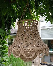 Diy Projects To Try, Crochet Projects, Crochet Lampshade, Boho Lighting, Macrame Supplies, Creative Lamps, Crochet Home Decor, Macrame Art, Pendant Chandelier