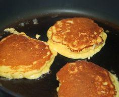Sveler, lavkarbostyle! Frisk, Griddle Pan, Low Carb, Pancakes, Food And Drink, Keto, Snacks, Baking, Breakfast