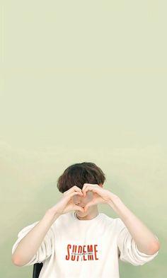 Exo Xiumin, Kpop Exo, Baekhyun Wallpaper, Exo Lockscreen, Exo Korean, Celebrity List, Puppy Face, Hapkido, Exo Members