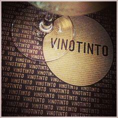 #vinotinto #valencia #wine #spain #summer ©www.aunioncreatividad.com