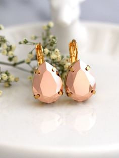 Rose Gold Earrings Bridal Rose Gold Earrings Rose Gold by iloniti Rose Gold Drop Earrings, Gold Bridal Earrings, Bridal Bracelet, Pearl Stud Earrings, Bridesmaid Earrings, Crystal Earrings, Bridal Jewelry, Jewelry Gifts, Bridesmaids