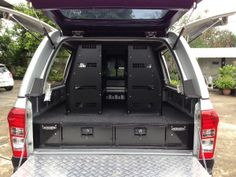 VW Amarok Shelving System