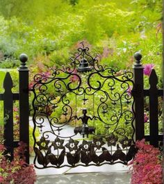 Some Of The Most Amazing Garden Gates You'll Ever See – 20 Pics