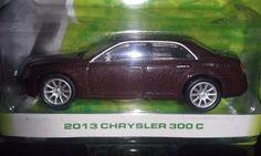 GREENLIGHT 2013 MOTOR WORLD SERIES 10   2013 CHRYSLER 300 C  ADULT COLLECTIBLE #Greenlight #Chrysler
