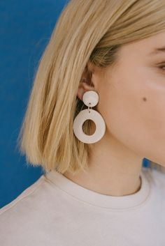 L Circle White Earrings