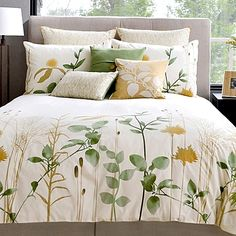 Featuring 100 organic combed cotton construction, these stylish and refreshing reversible duvet covers are perfect for enhancing the look of any bedroom. Charming botanical print completes their chic look. Comes with matching sham(s). Cream Duvet Covers, Luxury Duvet Covers, Luxury Bedding, Duvet Bedding Sets, Bedding Shop, Comforters, Watercolor Bedding, Designer Bed Sheets, Interior Design Living Room