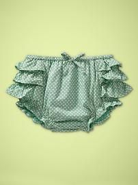 Just ordered these little ruffled shorts for the girls. Soooo cute!!
