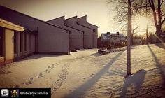 Ensilumi tuli Nikkilään.  Den första snön föll i Nickby. #muistojennikkilä  #nikkilä #nickby #ensilumi #förstasnön  Kuvan jakoi @librarycamilla - Beautiful pre-winter day in #nikkilä today ☀  #nickby #sipoo #sibbo #kirjasto #biblioteket #topeliussali #topeliussalen #firstsnow