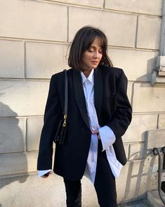 Discover recipes, home ideas, style inspiration and other ideas to try. Fashion Killa, Look Fashion, 90s Fashion, Fashion Outfits, Fashion Tips, 1990s Outfit, Style Parisienne, Casual Outfits, Cute Outfits