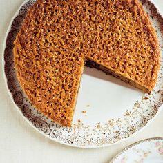 Ricardo's recipes : Jeanne's Queen Elizabeth Cake Baking Recipes, Cake Recipes, Dessert Recipes, Fete Audrey, Cake Decorating For Kids, Decorating Ideas, Ricardo Recipe, Pie Dessert, Cake Toppings