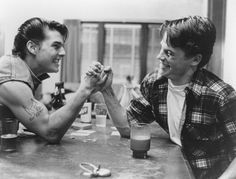 The Outsiders Francis Ford Coppola Tom Cruise Rob Lowe ♥ 1 of my vary favorite books/movies. Matt Dillon, Tom Cruise, Katie Holmes, Top Gun, The Outsiders Cast, The Outsiders Steve, Rain Man, Nicole Kidman, Brat Pack