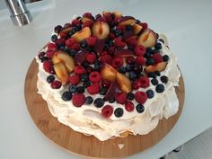. Pavlova, Cheesecake, Desserts, Food, Tailgate Desserts, Deserts, Cheesecakes, Essen, Postres