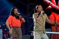 """Reviva la batalla entre estos dos grandes de la música. Un hombre que viene desde la tierra del olvido y una mujer amante de la música del caribe compiten en """"La Voz Colombia"""". No se lo pierda."""