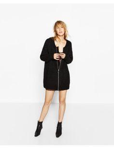 casaco-bomber-oversize-detalhe by zara. #fashiontrend #dresses #outfit #gorgeous #shoptagr