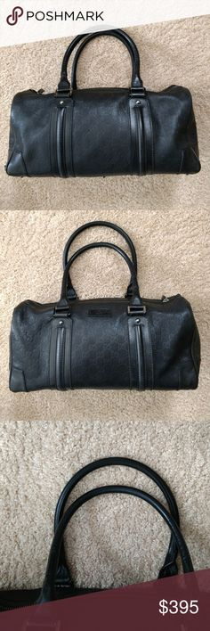b4be6f13c7f Authentic Black Gucci Guccissima Boston Handbag Please read for flaws...  100% Authentic. Poshmark