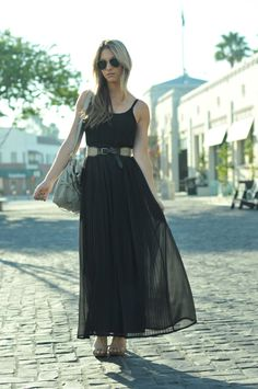 Unexpected Style Must-Have: A Long, Pleated DressVintage Sunglasses, No Name Earring, Madewell Dress and Belt, Foley + Corinna Bag, Philosophy di Alberta Feretti Sandals  fall 2011. gives reference to the shear pleated gown from the New Kingdom