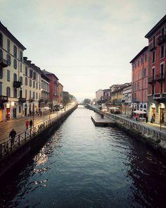 I navigli di Milano! @milan #milano #milanodavedere #italy #italia #landscape #sky #river #pointless #snapseed #lombardia #navigli #naviglio #portaticinese #placesivebeen #placestogo #takeabreak #inspiringplaces #instafoto #beauty #beautifulday #afterexam by rosdanae