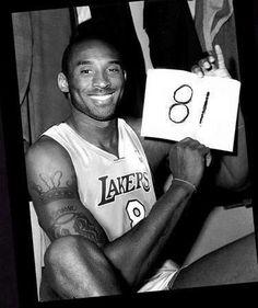 Kobe Bryant- 81 point game v. Toronto Raptors on Kobe Bryant 81, Kobe Bryant Family, Basketball Legends, Love And Basketball, Bryant Basketball, Nba Players, Basketball Players, Kobe Basketball, Dodgers