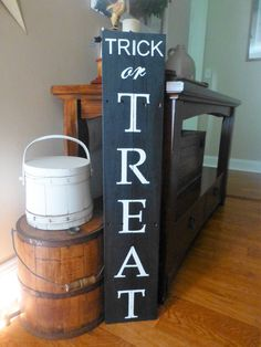 Trick or Treat Halloween porch sign