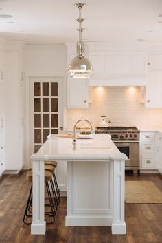 Rothesay: A Breathtaking Makeover in White (A before | after featured on HGTV.ca) - Judith Mackin