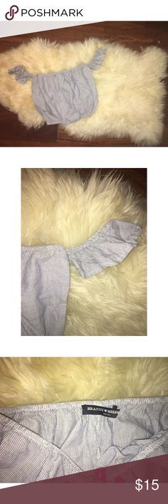 Brandy Melville Off the Shoulder Top 💕 this is a lightly lived Brandy Melville off the Shoulder top. It is blue and white, with stripes covering the top. 💕 Brandy Melville Tops Crop Tops