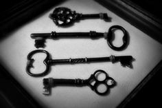 Frame old, antique keys for a cool textured art piece for the home!  You could even paint them to match your room!