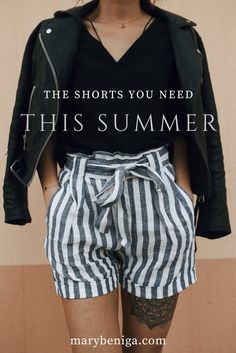 the only shorts you need to buy this summer! cause everybody loves maritime striped shorts - click on the picture to see how to style it like a fashion blogger.