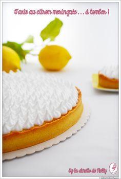 La Dinette de Nelly: Tarte au citron meringuée à tomber ... Recette de Pierre Hermé ! Icebox Pie, Biscuits, Dessert Recipes, Sweets, Sugar, Cooking, Food, Meringue, Cheesecakes