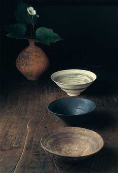 Potter Akihiro Nikaido Related posts: I have loads of boards drying and more to be making. ཾ ཾ ཾ ཾ ཾ ཾ … Fruit bowl, comes with a plate and little bowl for pits, stones and such. Practical Ceramic Pottery – Fun and Easy DIY Product Ceramic Tableware, Ceramic Clay, Ceramic Bowls, Stoneware, Kitchenware, Earthenware Clay, Pottery Bowls, Ceramic Pottery, Pottery Art