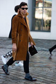 http://chicerman.com  billy-george:  Sweet coat!  #streetstyleformen