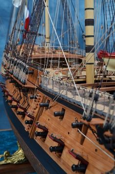 Photos of Ship Models by Henry Strub such as the US Sloop of War Peacock Model Sailing Ships, Old Sailing Ships, Model Ship Building, Boat Building, Scale Model Ships, Scale Models, Sloop Of War, Hms Victory, Wooden Ship