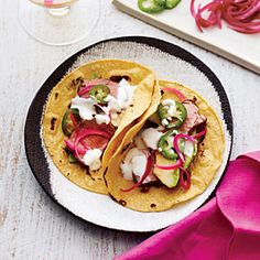 9 weight watchers points plus.Two tasty pork tacos for just over 350 calories? Cooking Light's lean Roasted Pork Tenderloin Tacos are topped with a thick and slightly tangy Mexican crema (or sour cream) for a cooli. Pork Tenderloin Tacos, Pork Roast, Pork Tacos, Pork Chops, Pork Recipes, Mexican Food Recipes, Healthy Recipes, Dinner Recipes, Healthy Foods