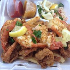 Shark's Seafood & Deli - Cleveland, OH